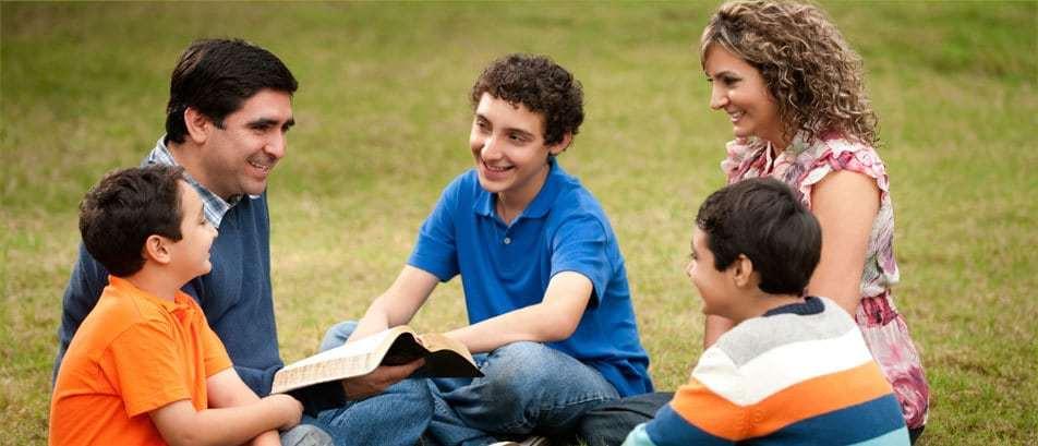 studierea bibliei cu familia