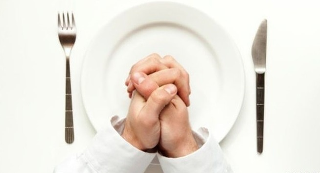 What is the difference between the alimentary fast and the spiritual one?