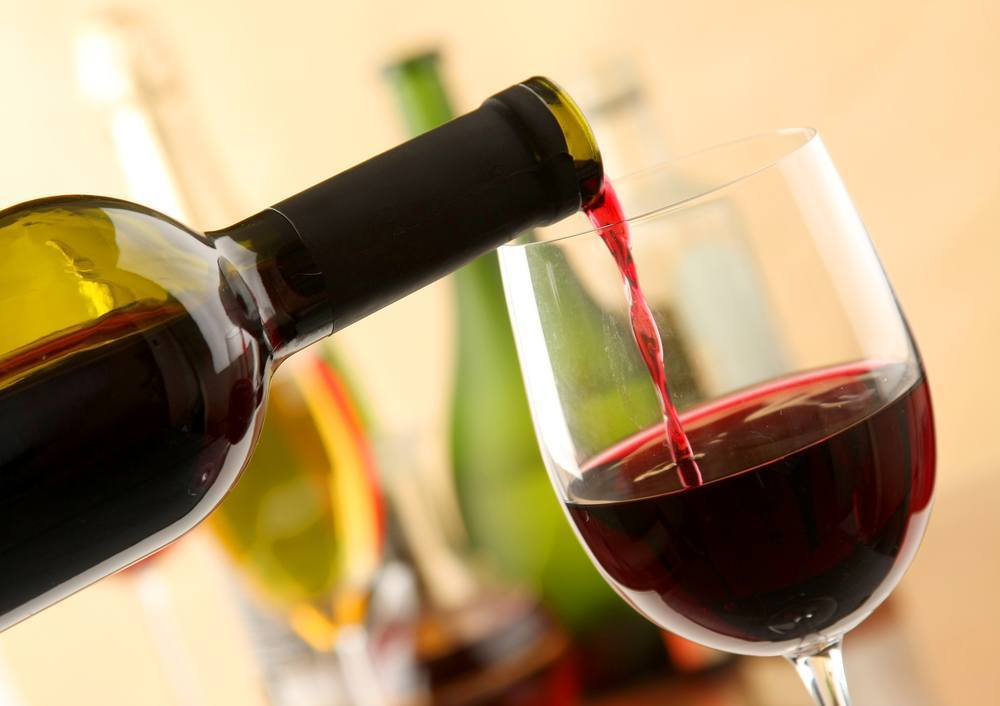 What does the Bible say about wine consumption?