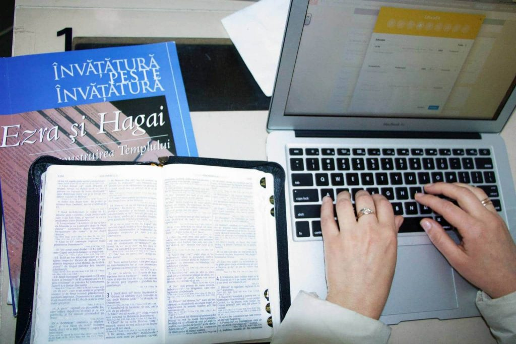 How to preach the Gospel efficiently using Internet? (7 advice)