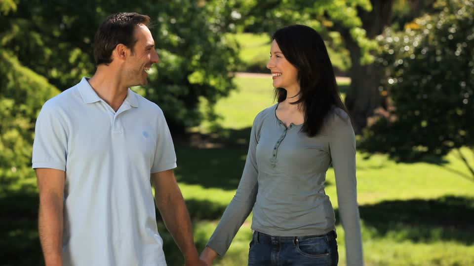 How to stay in love with your wife? (5 advice)