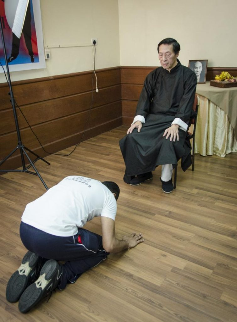 Is it a sin to worship the picture of the founder of martial art?