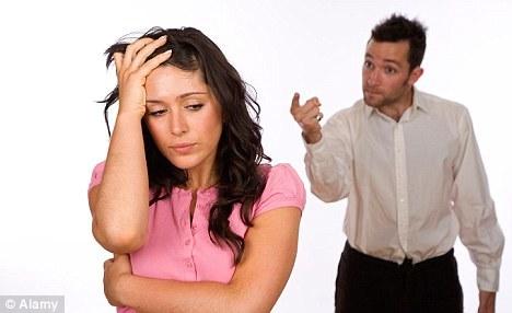 Ce să faci când soţul te impune să faci avort?