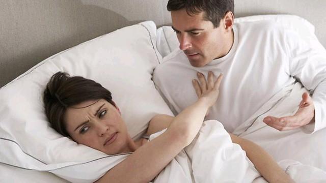 Что делать, если жена уклоняется от интимных отношений?
