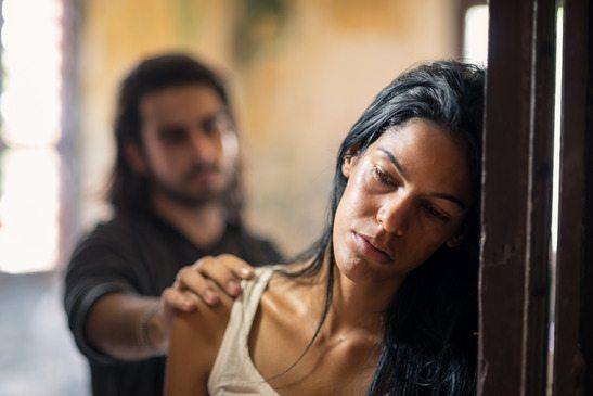 """Что делать, если подвергаешься физическому насилию со стороны мужа """"христианина""""?"""