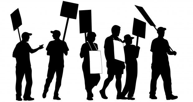 Este îngăduit creştinului să facă parte din sindicate şi să participe la grevă sau proteste?