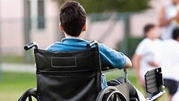 Cu ce sunt vinovaţii copiii care se nasc cu handicap?