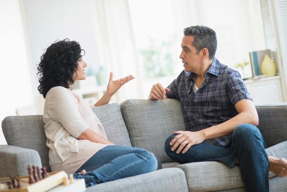 Cum să procedeze un creştin născut din nou de curînd dacă trăieşte în concubinaj şi are copii?