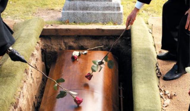 Почему не делают служение погребения для не крещенных младенцев и для тех, кто совершил самоубийство?