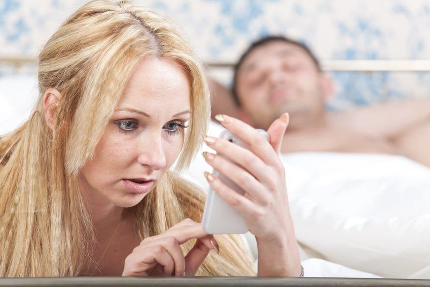 Жена сексуально издевается над мужем фото 802-627