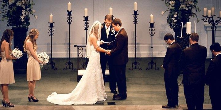 De ce la nunţile baptiste nu se dansează?