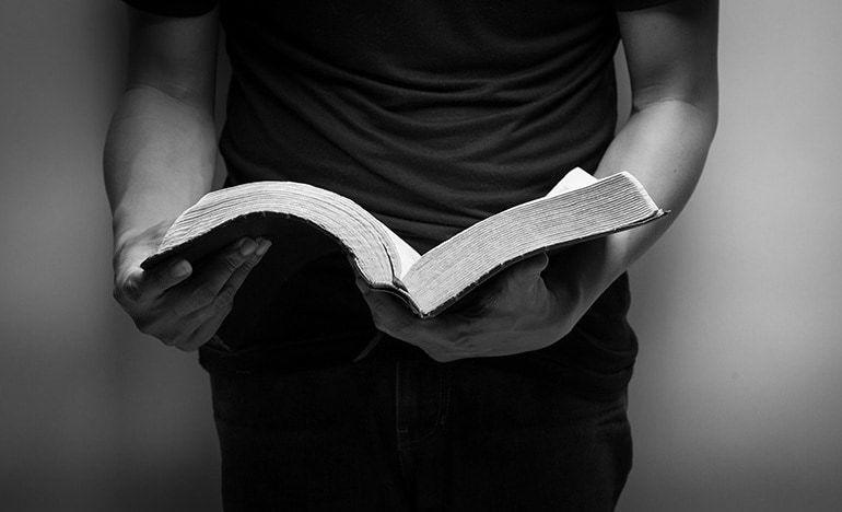 Cum să demonstrezi oamenilor că Biblia este Cuvântul lui Dumnezeu?