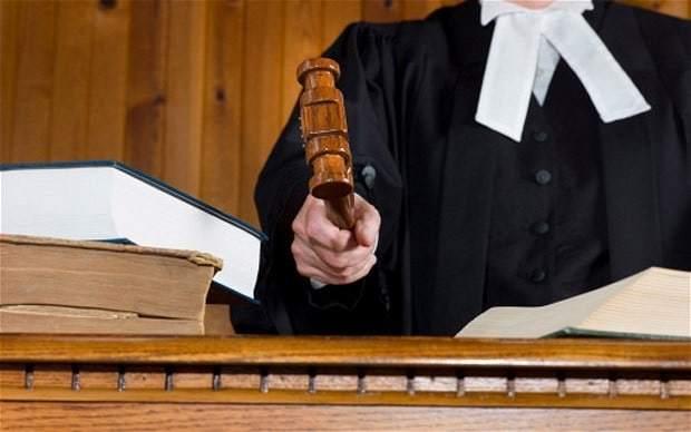Cum trebuie să procedeze creştinul la judecata infractorului care i-a pricinuit răul?
