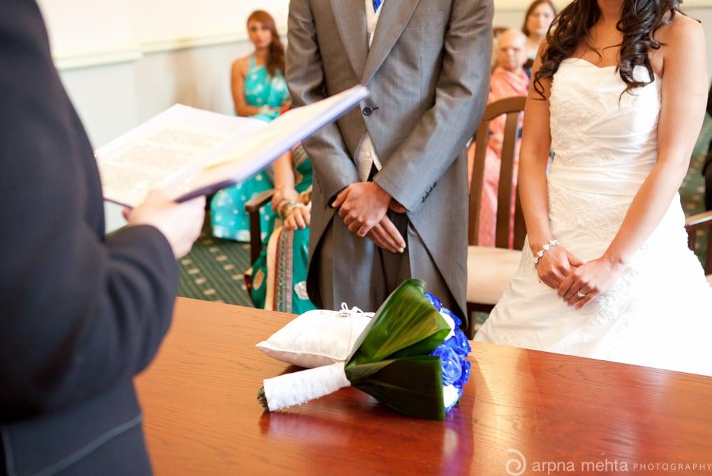 ¿Porque se casaron  una ceremonia civil y ignoraron  a la ceremonia  religiosa?