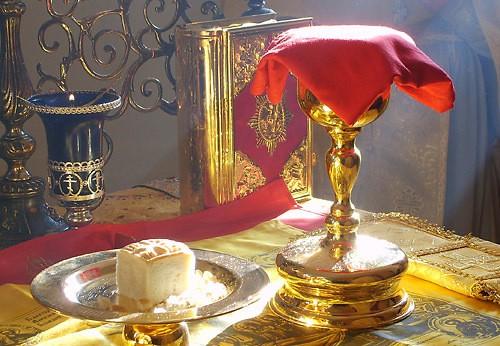 Este biblic să fie opriți guvernanții de la Sfânta Împărtășanie?