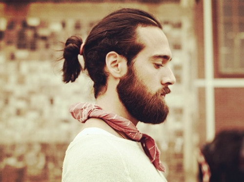 Păr lung bărbați