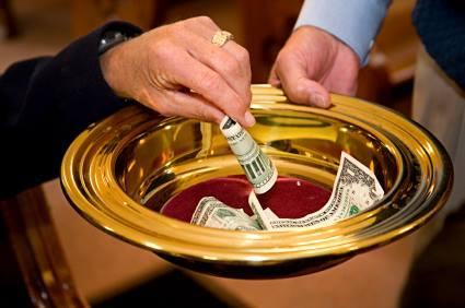 Сколько денег из сбора пожертвований необходимо Церкви вкладывать в евангелизацию?