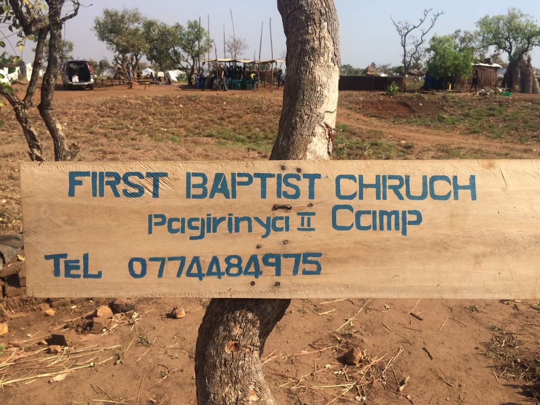biserică baptistă din tabăra Pagirinya