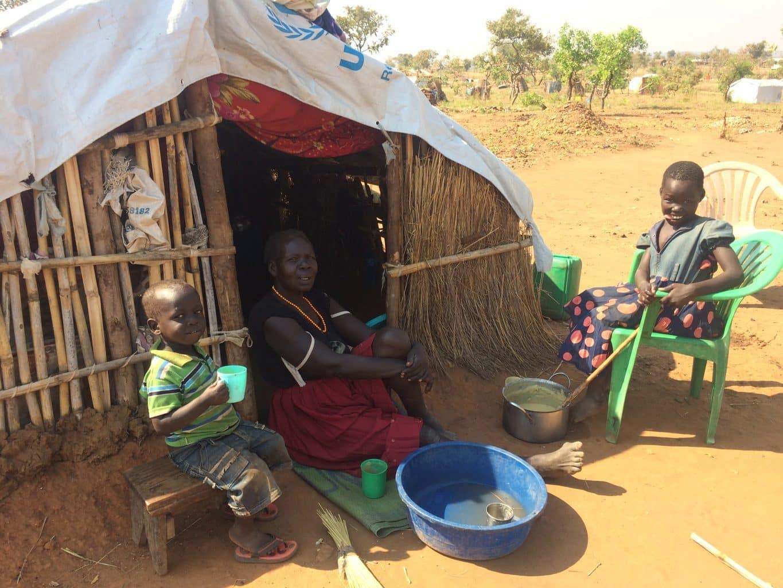 Copii din tabăra de refugiați Pagirinya