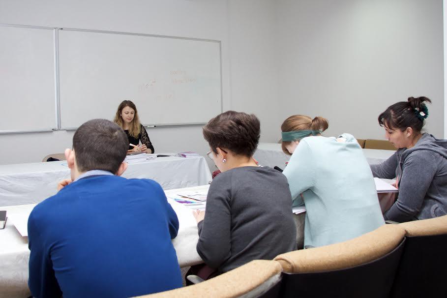 Înscrierea la facultatea de limbă engleză Precept Ministries Eurasia