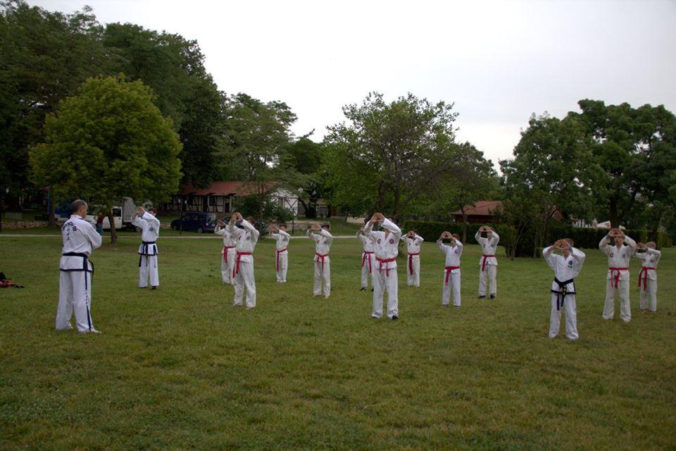 Sport la tabăra de limbă engleză