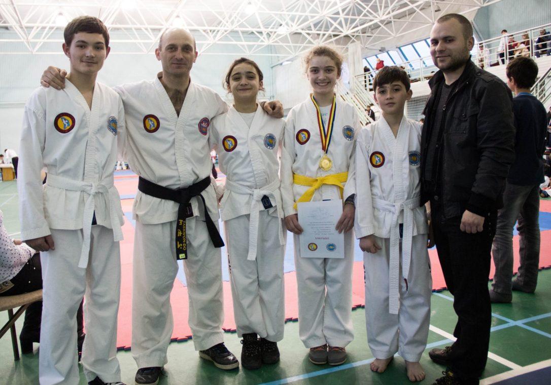 Gheorghe Marian, antrenamente de Taekwon-Do Sudul Moldovei, contacte