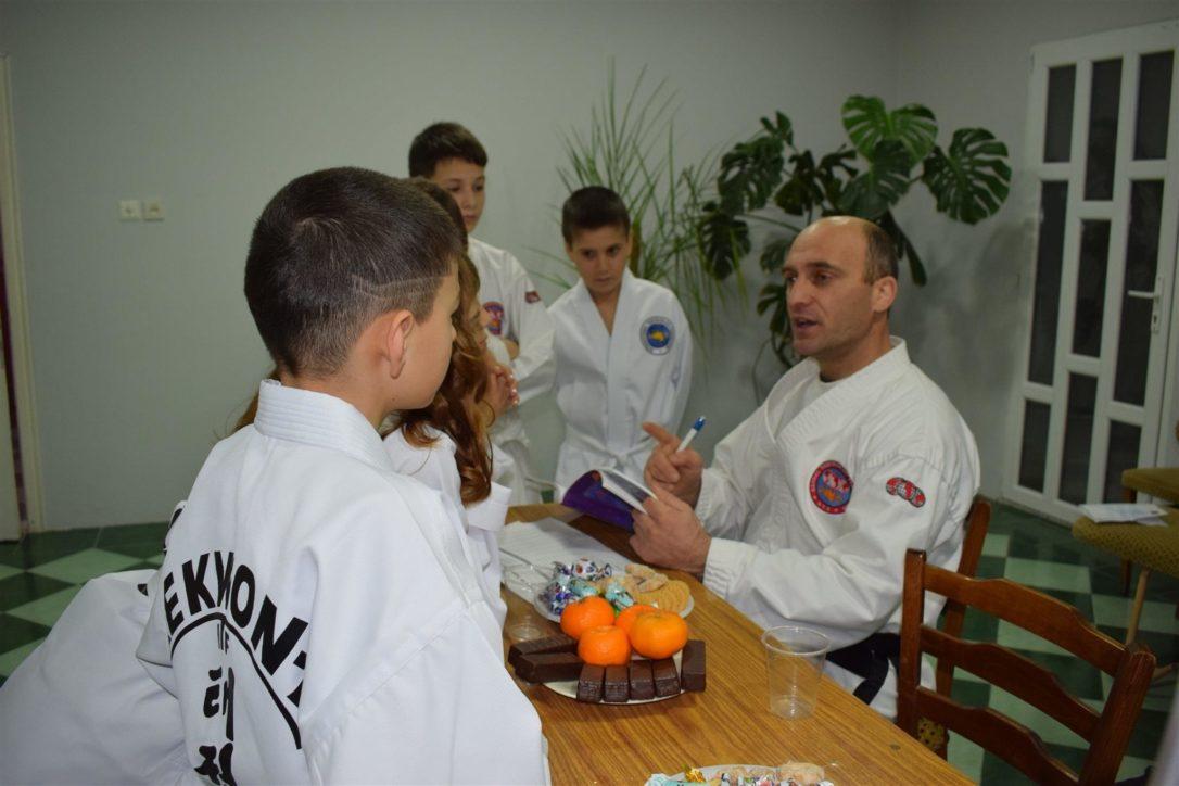 Gheorghe Marian, antrenor de Taekwon-Do, contacte