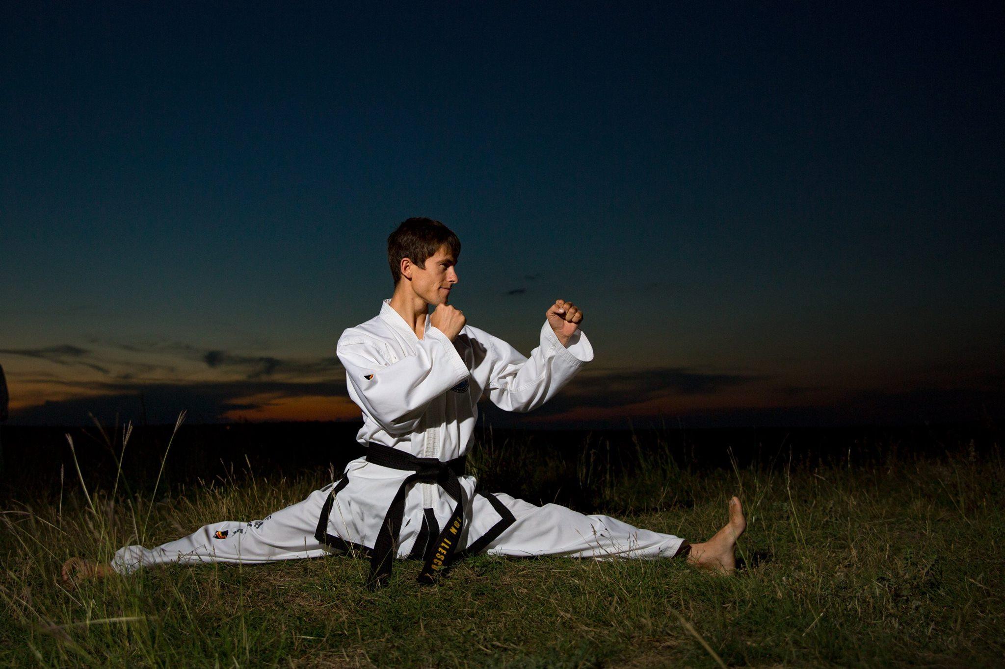 Ion Ilescu, antrenor de Taekwon-Do, contacte