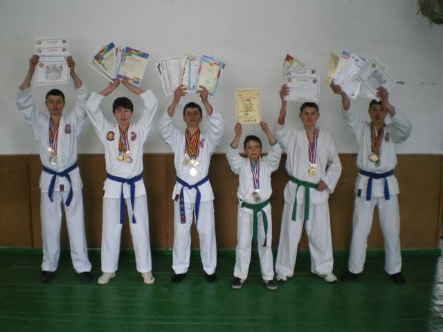 sportivii, ucenici lui Ion Rotaru, Lăpușna