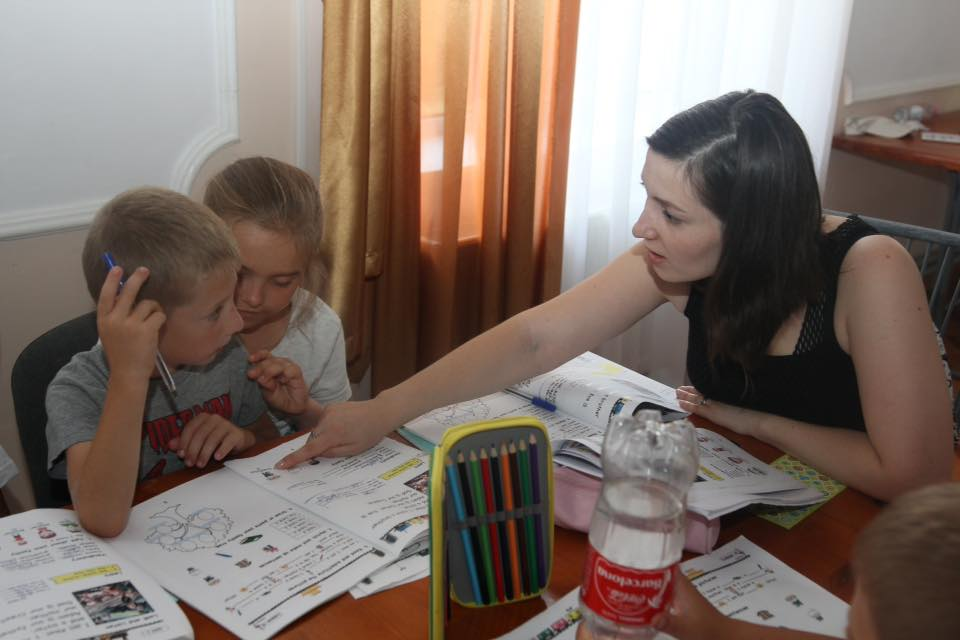 Sesiune pentru manualul ENGLISH FOR A NEW LIFE for KIDS