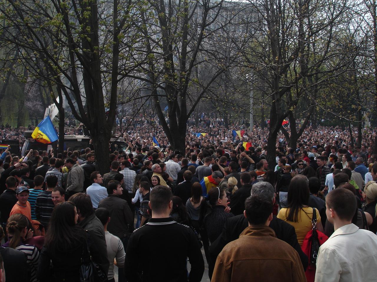 Христиане и протесты в Молдове