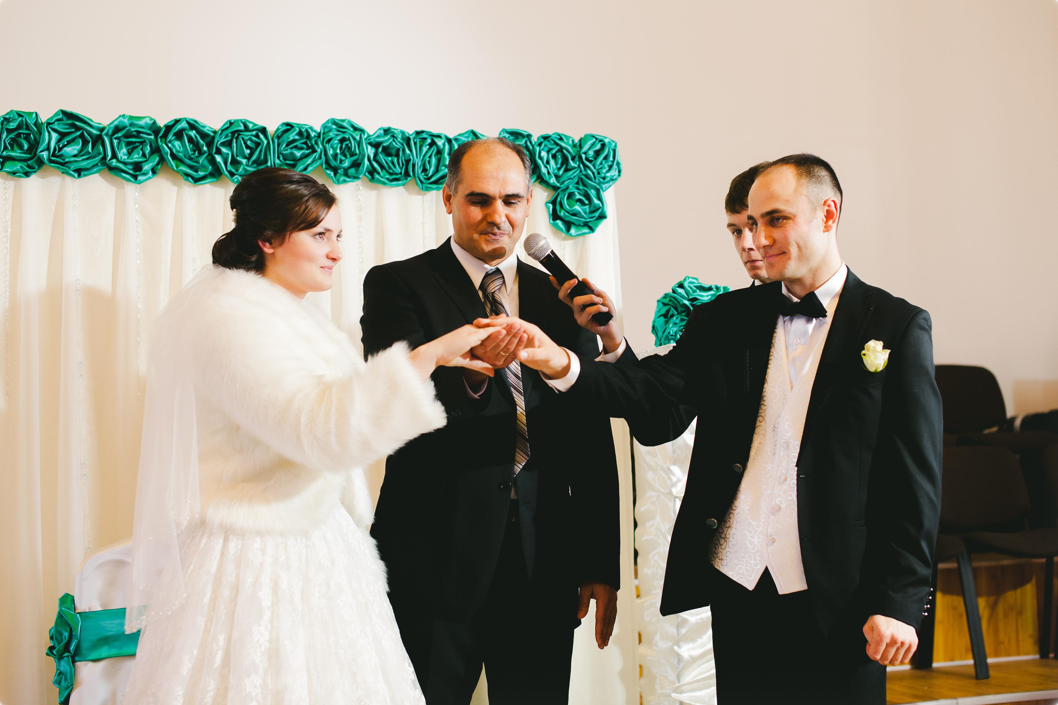 Осуществление венчания