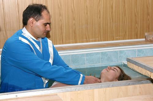 Mai are botezul vreo valoare după murdărirea cugetului?