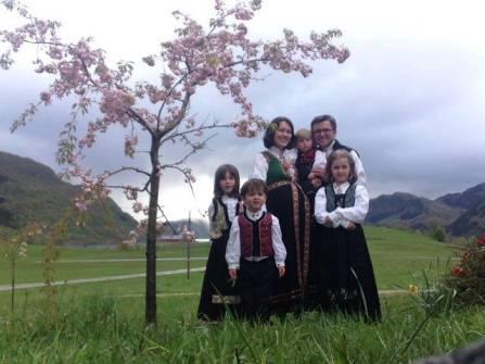 Семья Боднариу - Как христианам поступать, когда государство забирает у них детей?