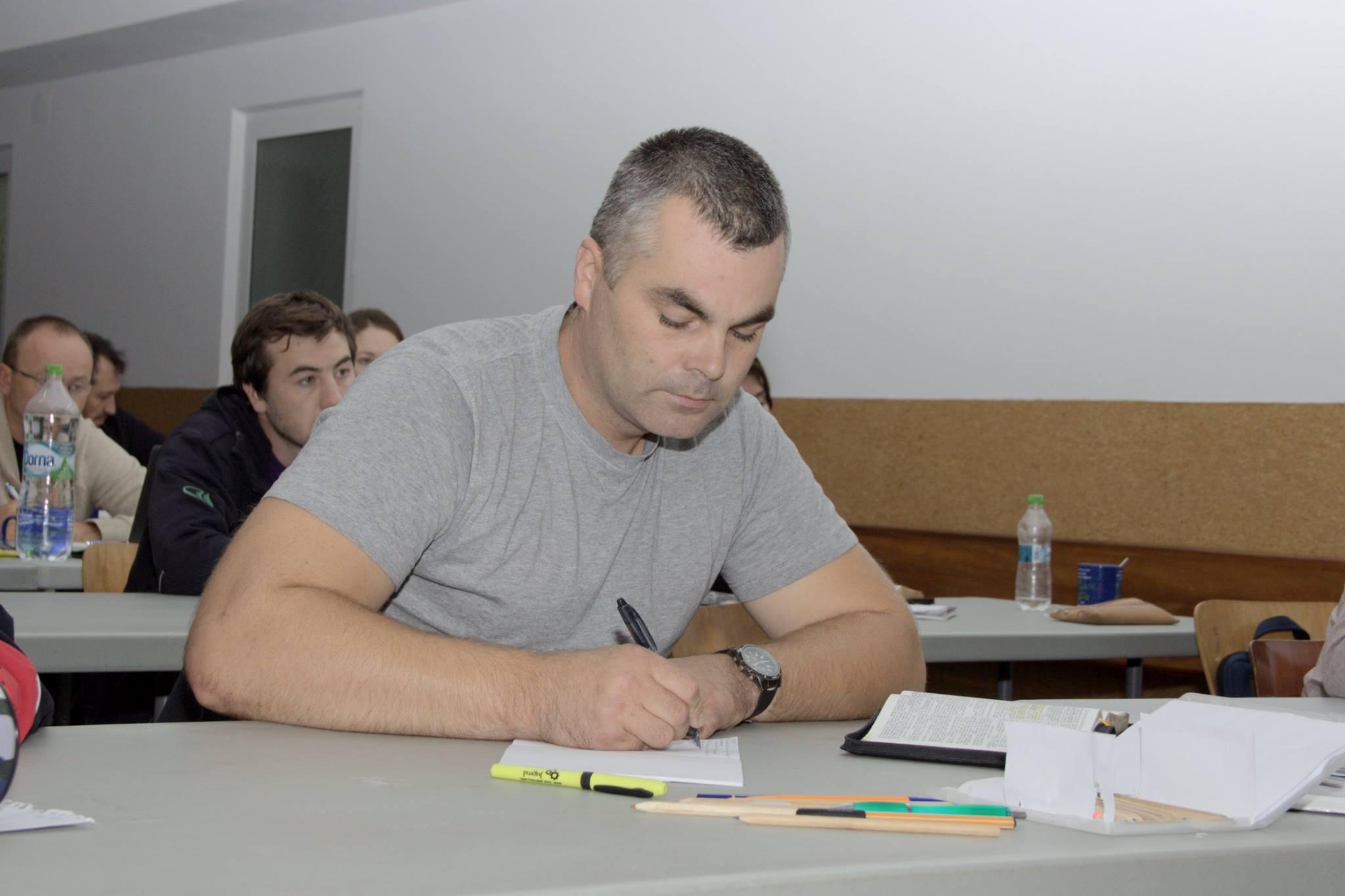 Cum să te pregătești de predică - pastorul Vlad Lecari