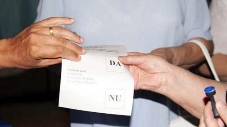Referendumul din România pentru modificarea Constituției